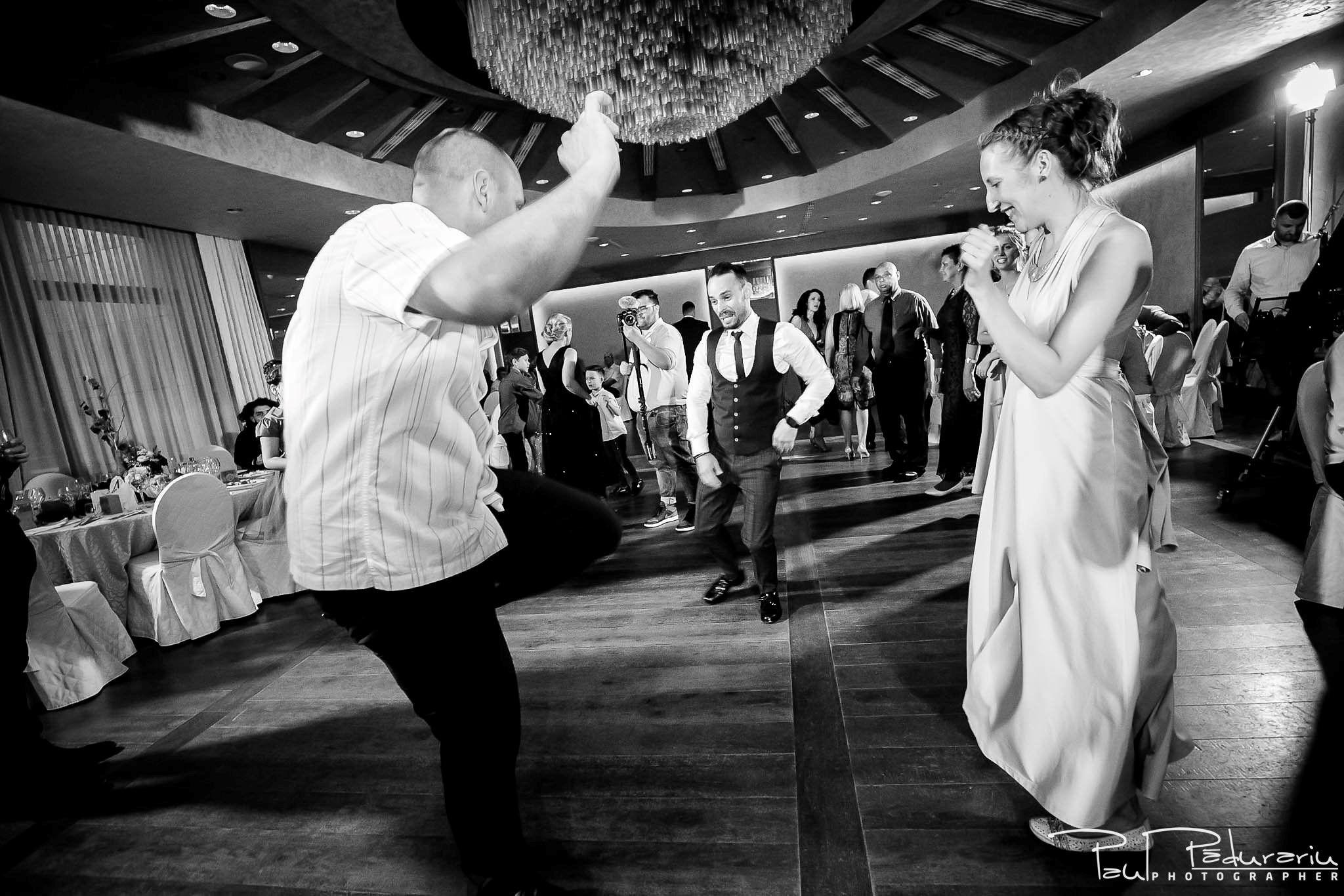 Andrei si Michaela petrecere miri nunta Congress Hall Iasi | fotograf nunta Iasi Paul Padurariu 8