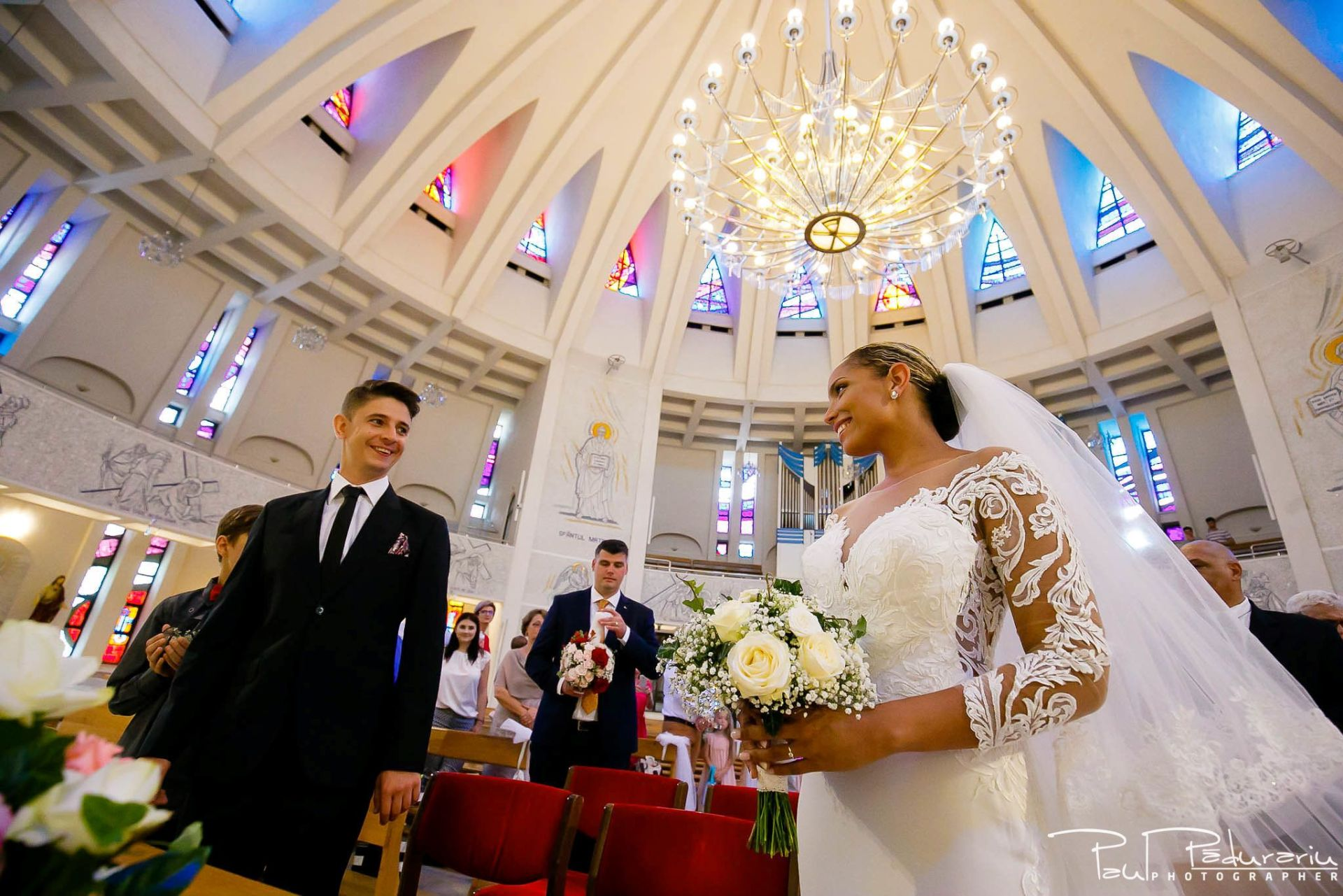 Andrei si Michaela cununia religioasa Catedrala Sfanta Fecioara Maria, Regina | fotograf nunta Iasi Paul Padurariu 6