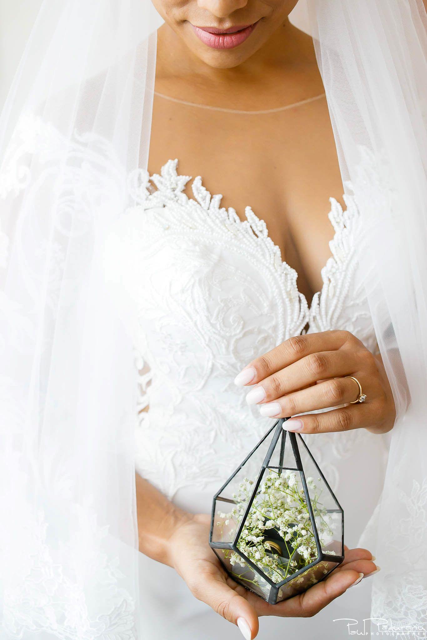 Andrei si Michaela - pregatiri miri | fotograf nunta Iasi Paul Padurariu 5