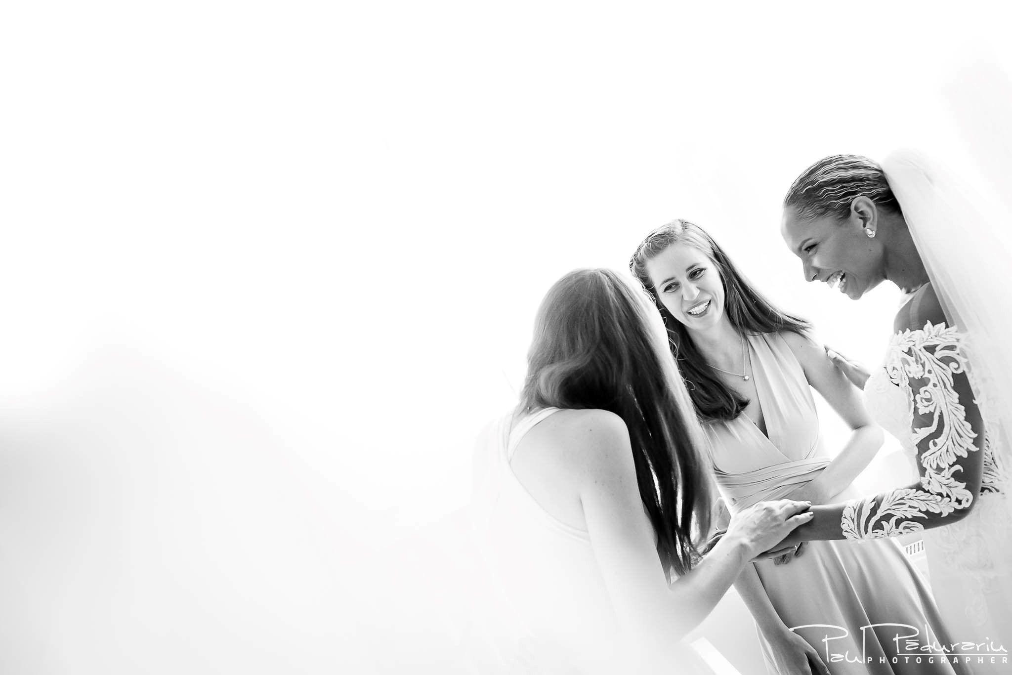 Andrei si Michaela - pregatiri miri | fotograf nunta Iasi Paul Padurariu 8