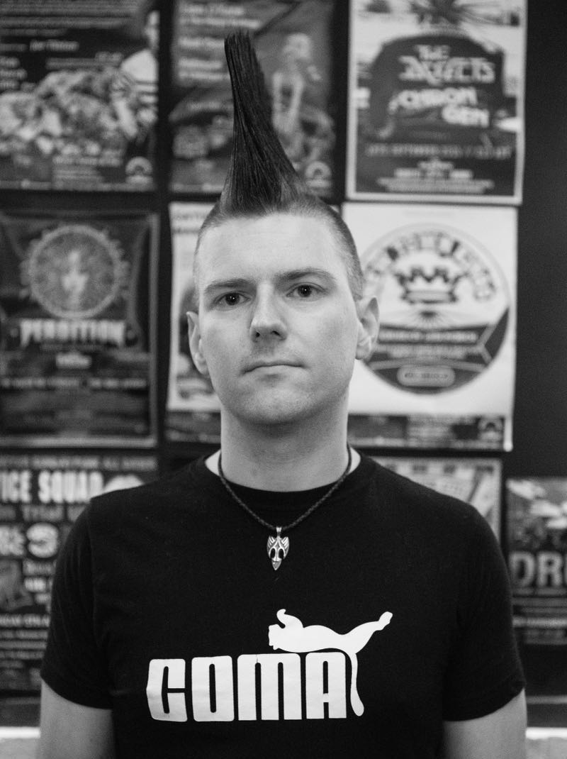 Mike Brooks Dark Run author