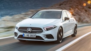 Mercedes-Benz A-Klasse. Exterieur: Digital white pearl Mercedes-Benz A-Class. Exterior: Digital white pearl