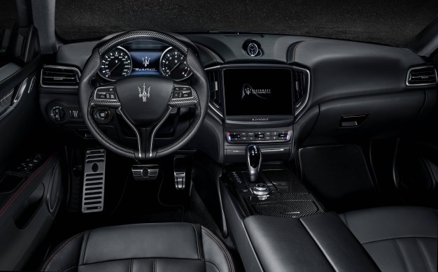 05 Maserati Ghibli GranSport