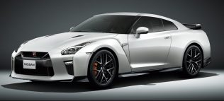 Nissan-GT-R-2019-special-edition-9