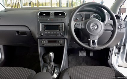 2014 Volkswagen Polo Sedan CKD 38