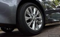 Lexus ES 250 and 300h 10