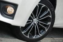 2014_Toyota_Corolla_Altis_Driven_ 140