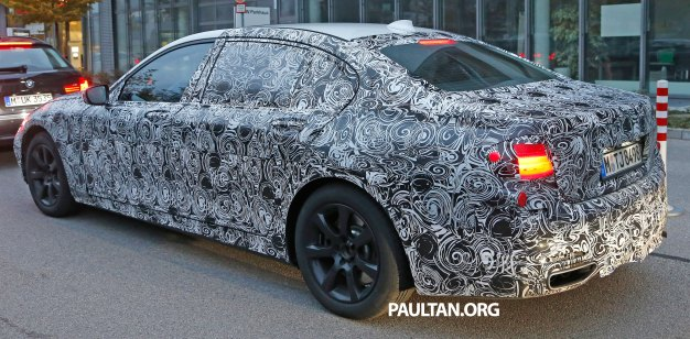 BMW-7-series-7