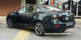 2015-Renault-Fluence-Facelift-Malaysia-Spyshots-002