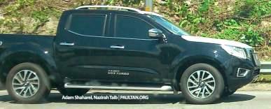nissan-np300-navara-spyshots-malaysia-3