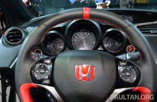 Honda Civic Type R Geneva Live 31