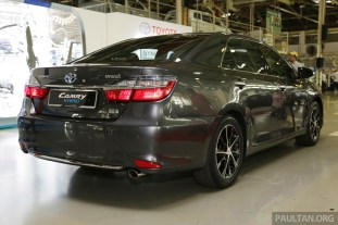 Toyota Camry Hybrid Line Off 43