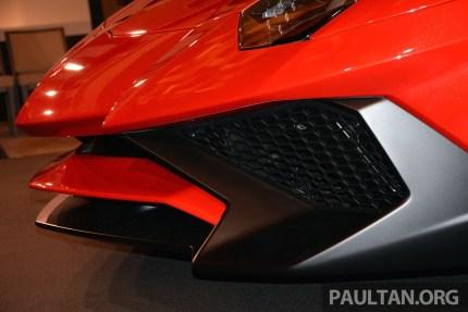Lamborghini Aventador SV 6