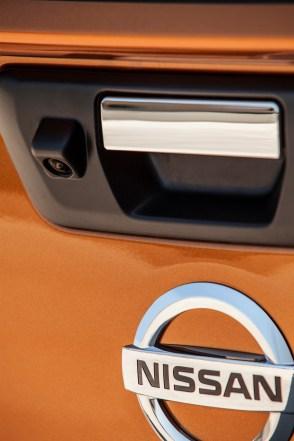 Nissan-Navara-NP300-Europe-0028