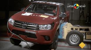 2016-Toyota-Hilux-Latin-Ncap-screenshot-02