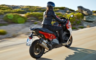 bmw-c650-sport-and-c650-gt-riding-0014
