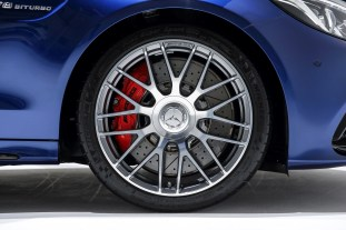 2015-mercedes-amg-c-63-s-in-malaysia-one (18)-18