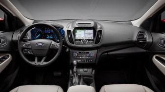 2017 Ford Escape Titanium-01