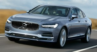 Location Front Quarter Volvo S90 Mussel Blue