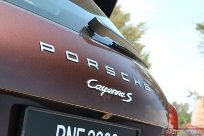 2015-porsche-cayenne-s-petrol- 010