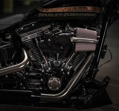 2016 Harley-Davidson - 16-hd-cvo-pro-street-breakout-6-large