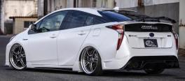 2016 Toyota Prius Kuhl Racing-02