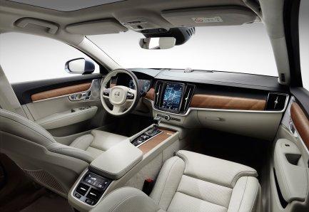 Interior cockpit Volvo S90 blond