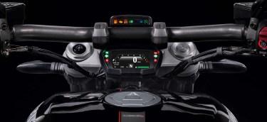 Ducati-XDiavel-S-San-Diego-studio-action-34