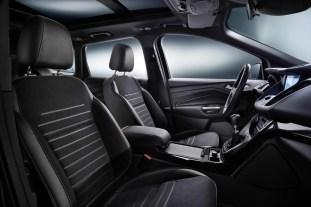 Ford-Kuga-facelift-2016_PTBM1