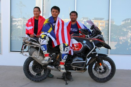 (L-R) Team South East Asia - Mr. Tommy Lee from Singapore, Mr. Faizal Sukriee from Malaysia and Mr. Peerapat Woratham from Thailand.