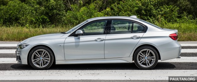2016-BMW-330i-10