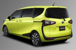 Toyota-Sienta-2-e1456213147647