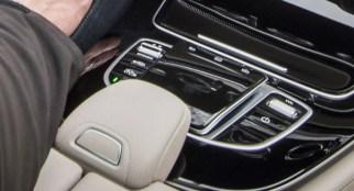e-class-interior-touchpad