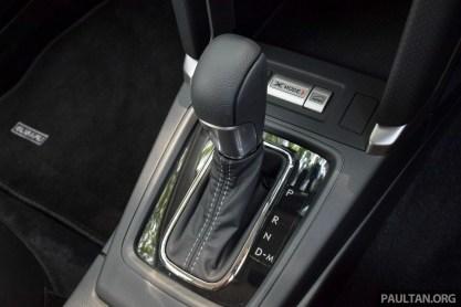 2016 Subaru Forester 2.0i-P int 21