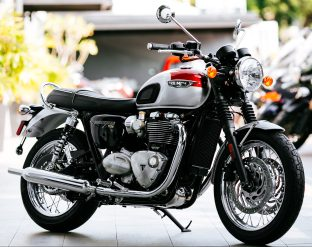 2016 Triumph T120 and T120 Black - 13