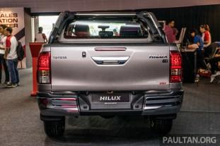 2016-Toyota-Hilux-5