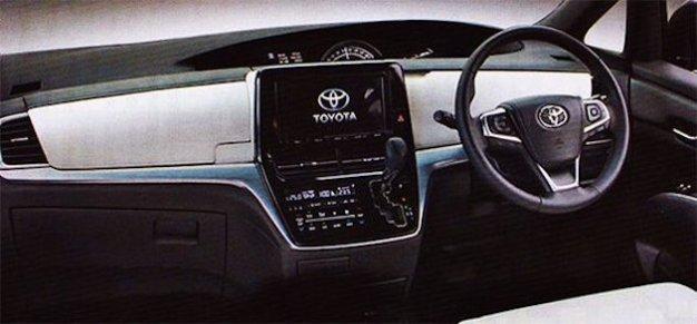 2017 Toyota Previa_Estima leaked image-02