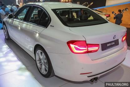 BMW_330e_Ext-23