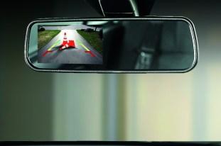2016-proton-saga-reverse-mirror-camera