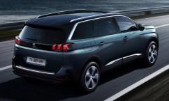 2017-Peugeot-5008-08-850x510