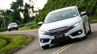 Honda Civic drive-official 52