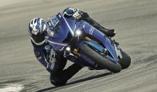 2017-yamaha-yzf-r6-action-1