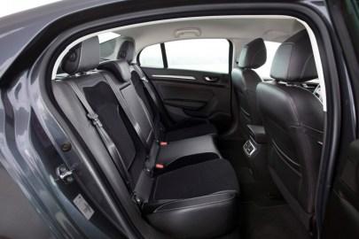 renault-megane-sedan-28-bm-850x567