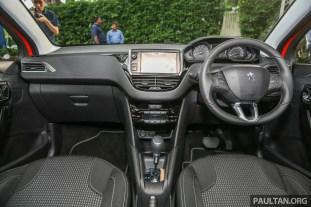 Peugeot208_Puretech_Int-1