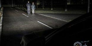 Mercedes-Benz-Digital-Light_3_BM