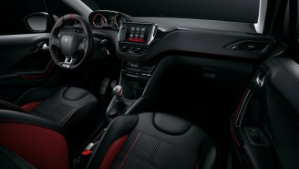 Peugeot 208 GTi 12