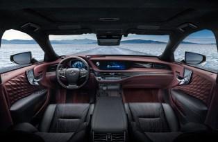 2018 Lexus LS 500h 10