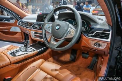 BIMS2017_BMW_M760LI_xDrive_V12Excellence_Int-1-850x567_BM