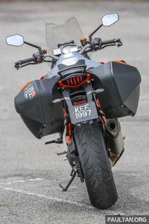 KTM_Superduke1290-41
