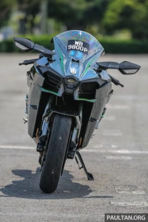 Kawasaki_Ninja_H2-1